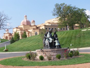 Branson: Magic In The Midwest