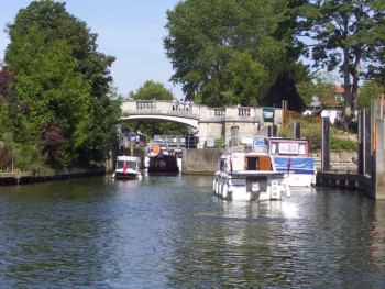 From London To Oxford On The Thames