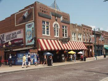 Strolling Memphis' Beale Street